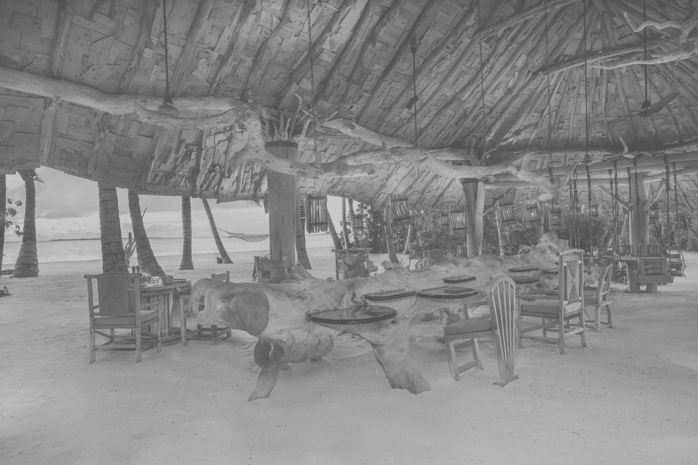 Innenbereich des Crab Shack Restaurants im Soneva Jani
