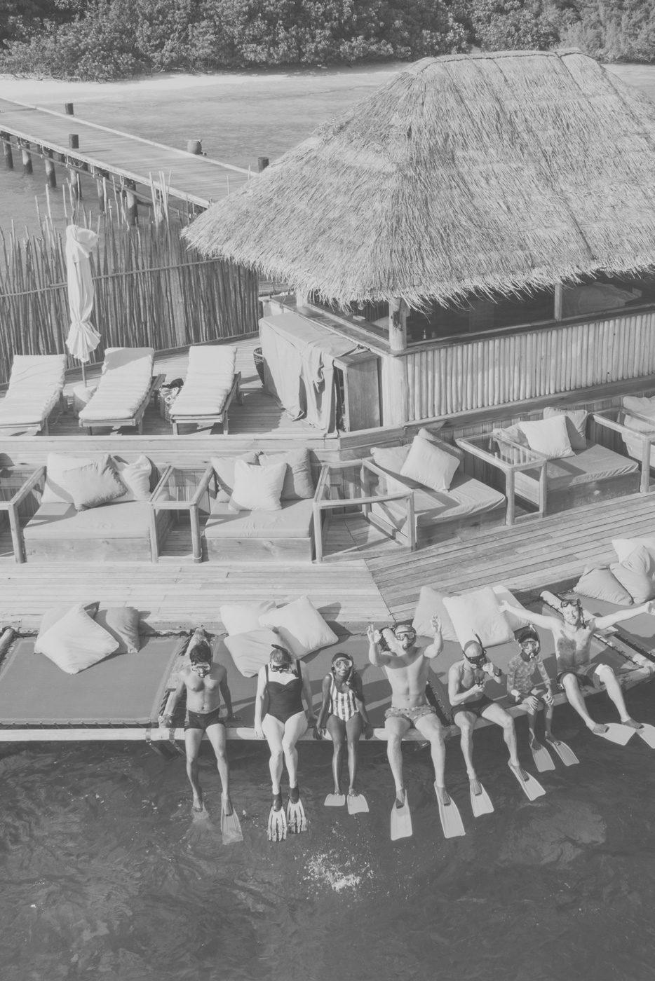 Hotelgäste beim Schnorcheln im Soneva Fushi