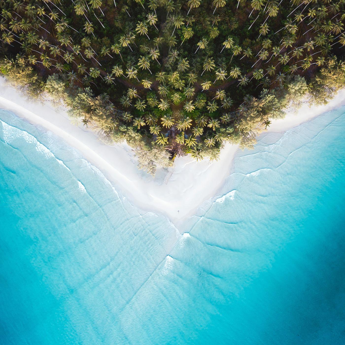 Strand des Soneva Kiri aus der Vogelperspektive
