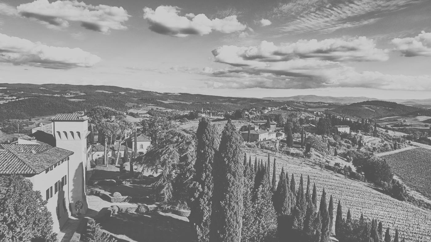 Blick auf die toskanische Landschaft
