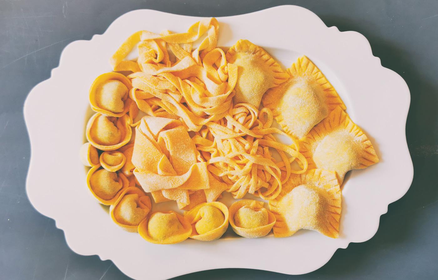Verschiedene Pastasorten auf einem Teller